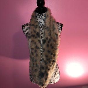 Reversible Leopard Fur Scarf